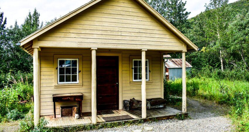 Fannie Quigley's cabin in Denali Park.