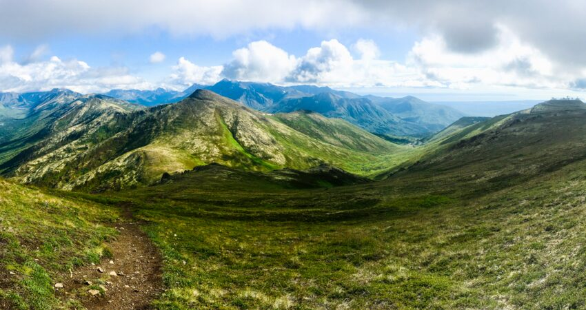 Looking into Arctic Valley from the trail up Mt. Gordon-Lyon.